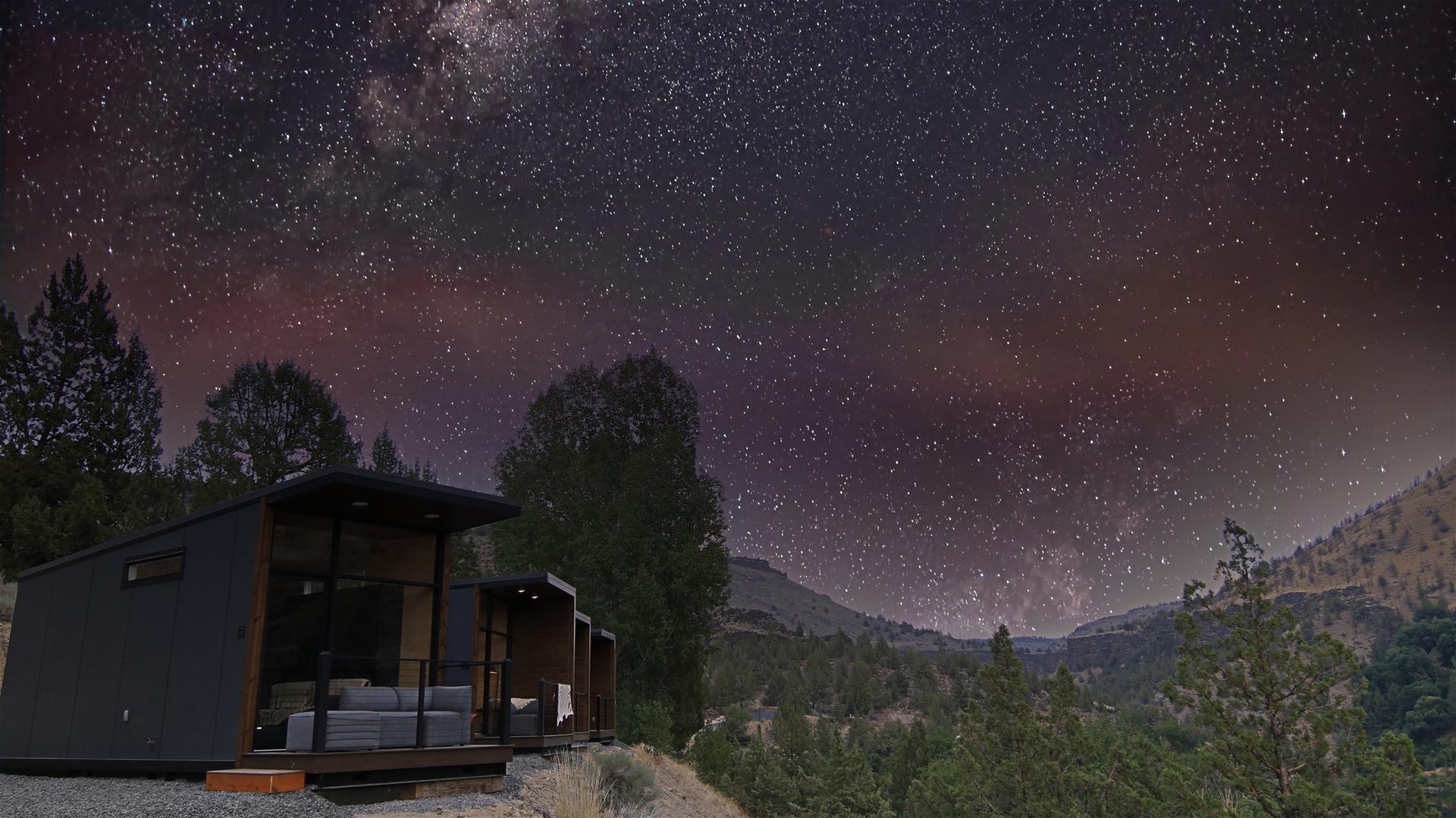 Stars over Crown Point at Lake Simtustus Resort