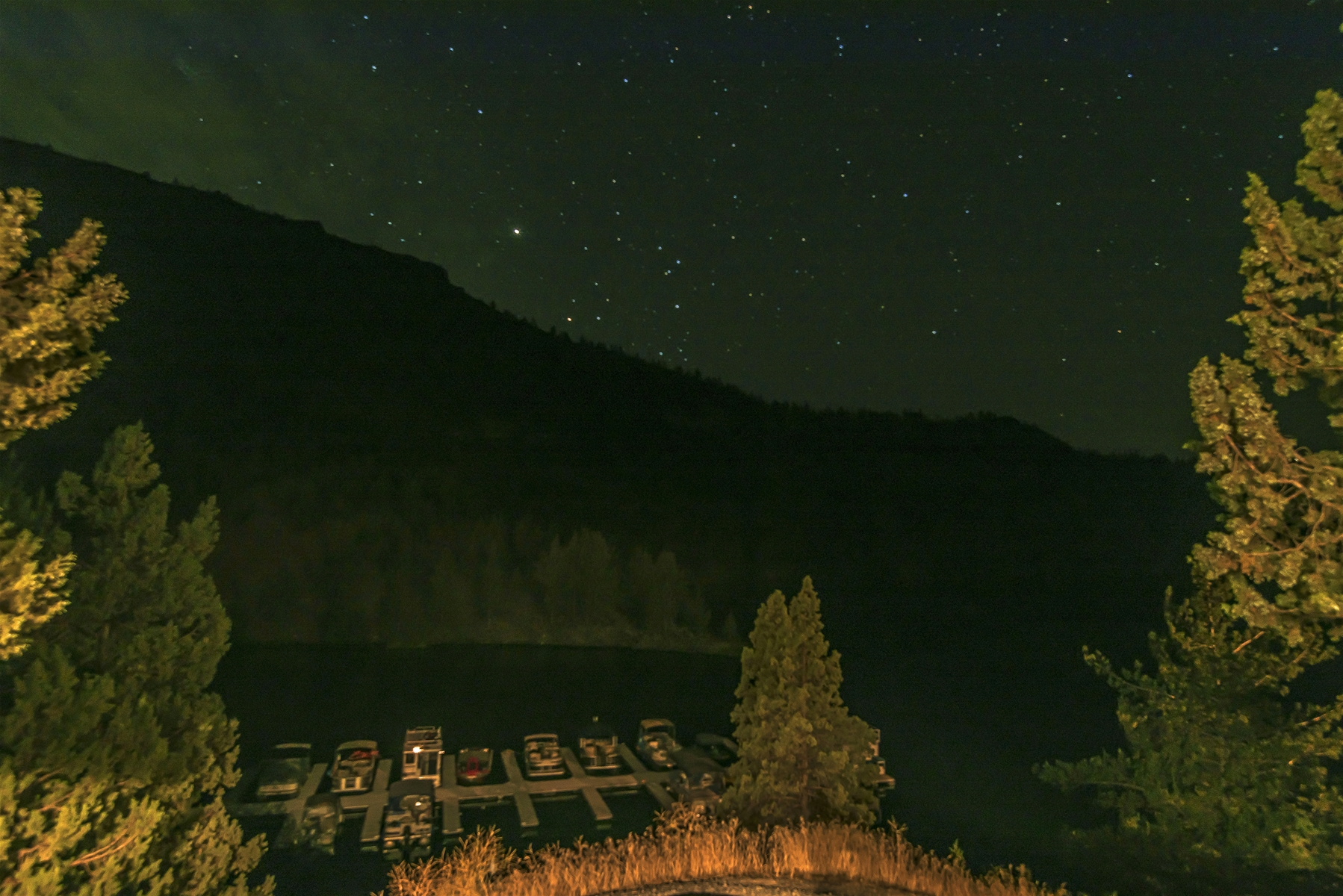 Stargazing is AMAZING at Lake Simtustus Resort